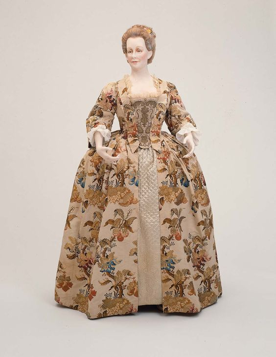 18th century, America - Quilted petticoat - Embroidery ...