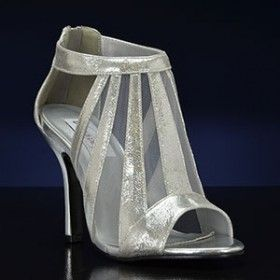 Lotus-Metallic by Dyeables 4 inch heel Silver or Champagne Sizes 5-10,11 Metallic