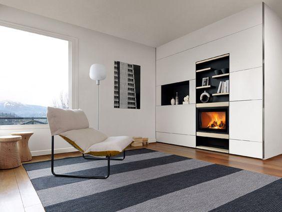 Sembra una tv e invece...è uno degli stilosissimi camini di design di ...