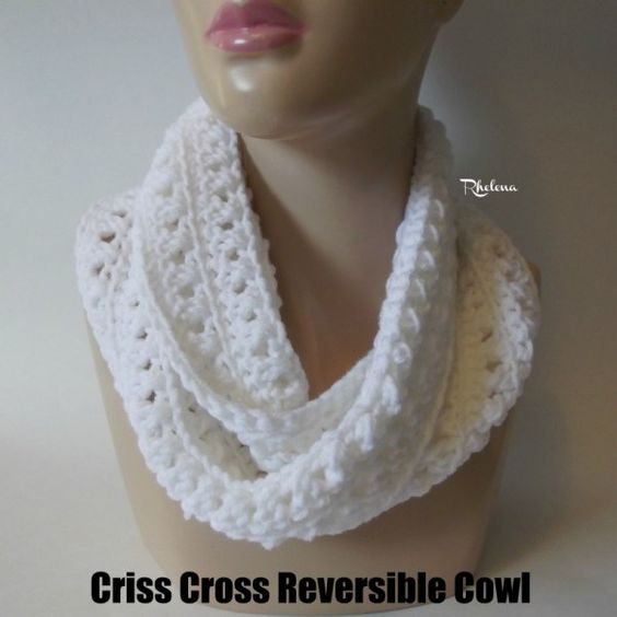 Criss Cross Reversible Cowl ~ FREE Crochet Pattern | crochet ...