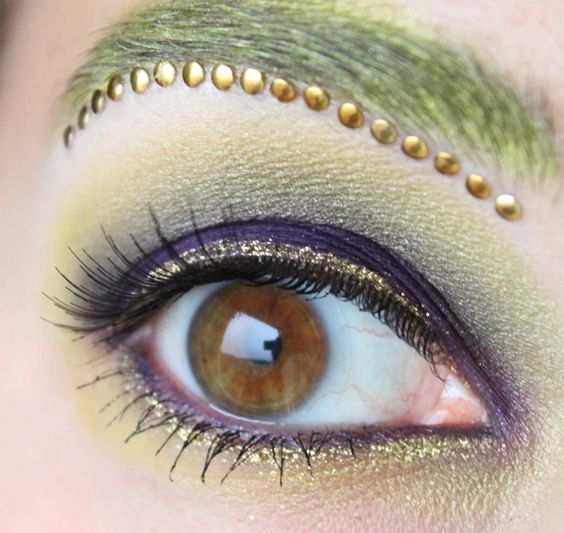 JunJun (Sailor Moon) inspired make up by http://www.shades-of-fashion.com/2013/09/about-eyes-amazonen-quartett.html