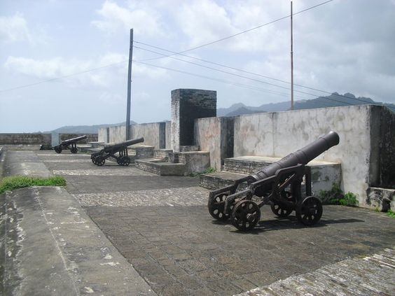 Fort Charlotte sits on a ridge approximately 600 feet above the sea, from this vantage point you'll take in the stunning view of the leeward coast, Kingstown and the northern Grenadines.