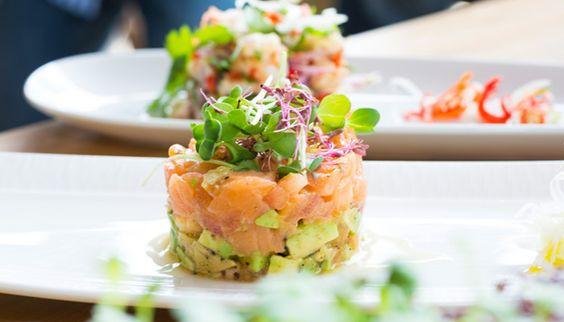 Valentinstag Vorpseise Rezept Gericht Lachs Avocado Tatar Salat Sprossen köstlich