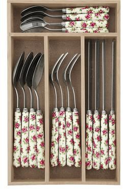 Add a feminine twist to your kitchen with this lovely 16 piece cutlery set. Mix and match with our vintage-inspired china ranges.