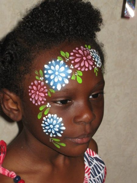Face paint flowers girls half face