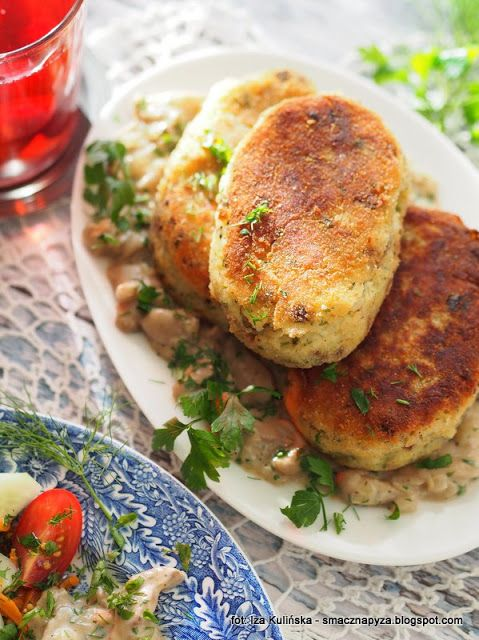 Smaczna Pyza Kotlety Ziemniaczane Z Sosem Maslakowym Food Meals Cooking