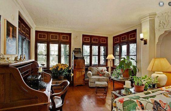 8200 Narrows Avenue Gingerbread House Brooklyn (3)