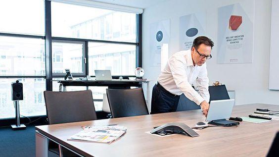 Walter Hühn, Vorstandschef des Diamantenherstellers Element Six Quelle: Christof Mattes für WirtschaftsWoche