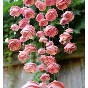 Como fazer um móbile de rosas de feltro