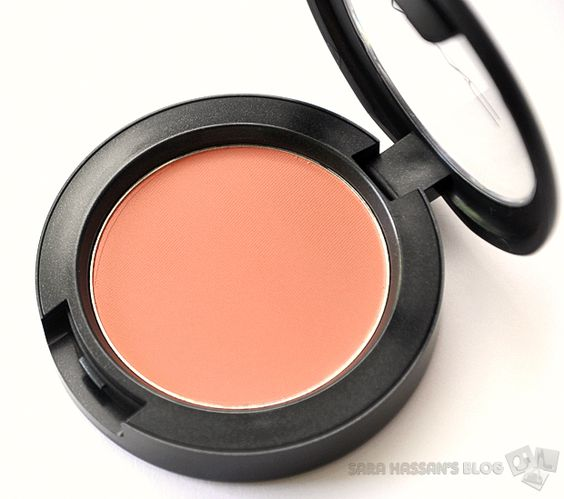 MAC Sheertone Blush in Peaches - matte but not flat peach blush for spring/summer, buildable, soft and blendable. Gives that healthy looking flush