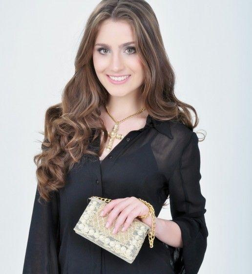 Giovana Arroio, 20 anos   Agência de Modelos AZ Models