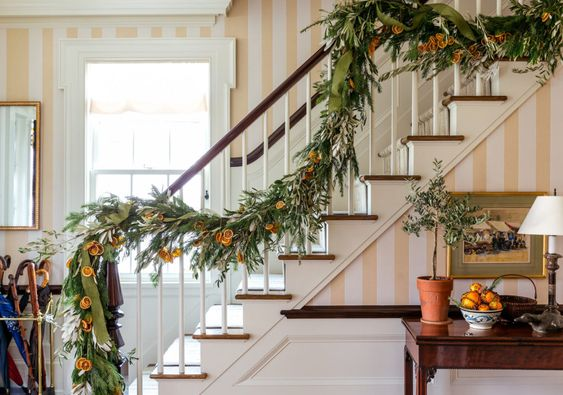 Habitually Chic® » The Halls are Decked: Part Deux