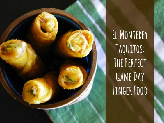 El Monterey Taquitos. The best #Superbowl snack. Add them to your party table! #spon
