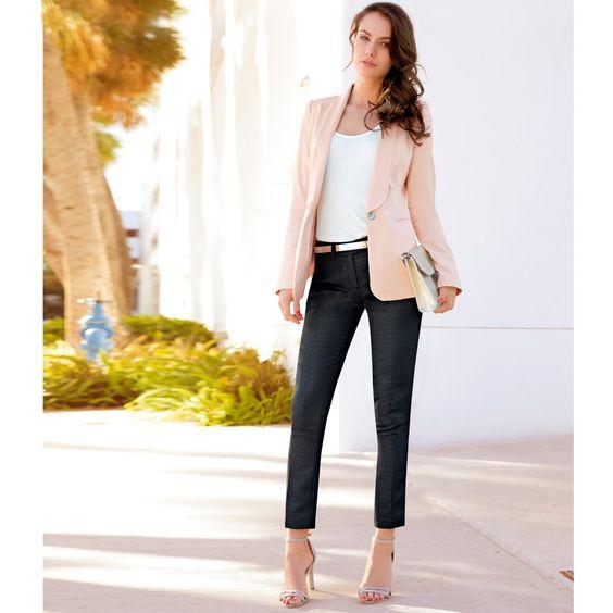 Americana color crudo, estilo ideal para la oficina #americanas #moda #mujer #tacones #lookoficina
