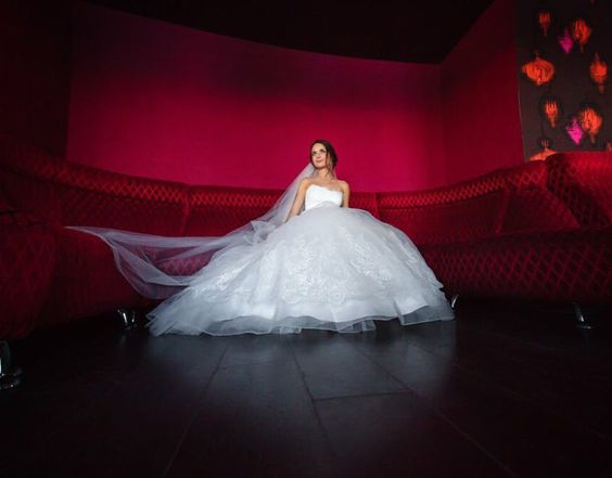 Маргарита #фотомонаенков #красиваяпара #свадьба #свадебныйфотограф #липецк #невеста #фата #свадьбавлипецке #свадьбалипецк #фотографлипецк #фотографвлипецке #wedding #weddingday #bride #weddingphotographer #bestoftheday #weddingdress #instawed #love #weddings #dance #justmarried #red #emotions by monaenkov.ru