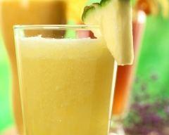 Jus poire ananas citron (facile, rapide) - Une recette CuisineAZ