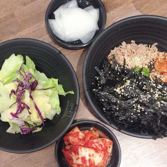 korean rice ball( ̄O ̄;) so gooddd