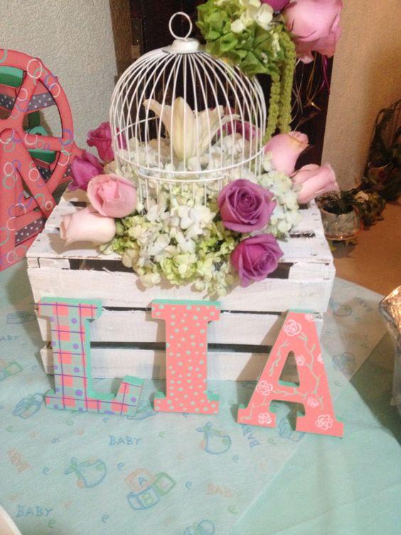 Mesa de postres baby shower lia mesa de dulces para mi for Decoracion para pared nina