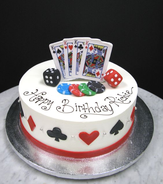 How To Make A Poker Table Cake