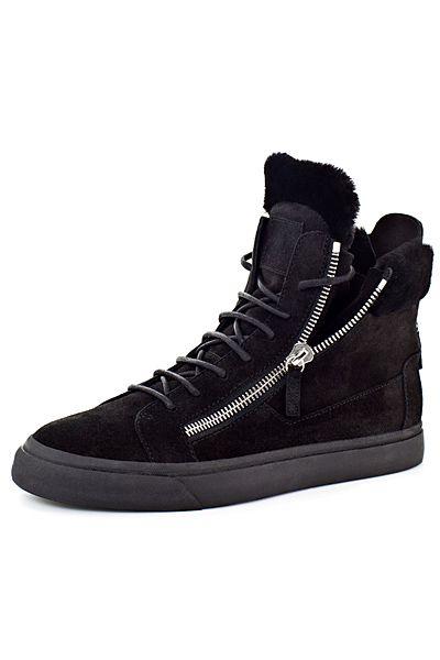 Get shoes from http://findgoodstoday.com/mensshoes