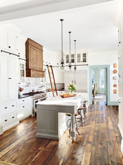 These Rustic Farmhouse Kitchens Will Inspire You To Renovate Immediately Farmhouse Kitchen Design Farmhouse Style Kitchen Farmhouse Kitchen Decor
