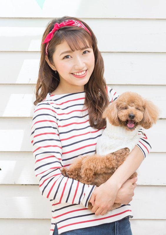 モデルプレスの企画でテレビには映らない素顔を披露している三田友梨佳アナの画像