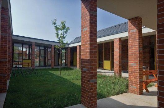 Daycare in Zsámbék / Földes & Co. Architects Ltd. | ArchDaily
