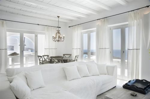 whiteout: Beach House, Dream House, Livingroom, Living Room, White Sofa, Room Design, White Room