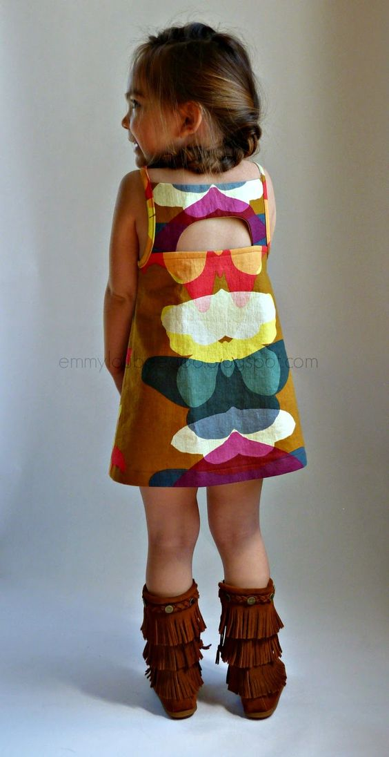Loving this new pattern from EmmylouBeeDoo @Sarah Haag - Shandiin Tank & Tunic