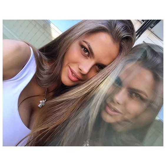 I've always wanted to have a twin sister#Vikiodintcova #MAVRIN #MAVRINmodels • Likes: 18690 • Comments: 84 • Posted: Sat, 22 Aug 2015 18:58:22 +0300