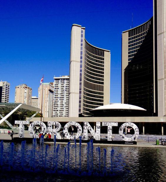 Toronto, les 10 activités à faire : CN Tower, iles de Toronto, Kensington Market, Lac Ontario, Skyline de Toronto, vie nocturne, balade en vélo, City Hall