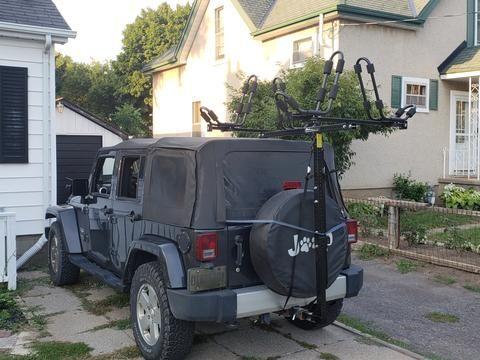 Hitchmount Rack With Two Yaks In Jeep Racks Kayak Rack Rack