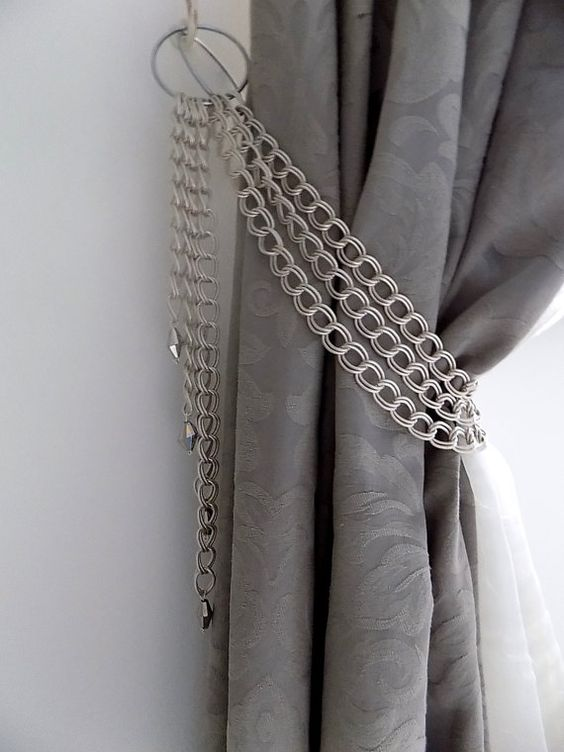 Decorative Curtains For Living Room: Decorative Silver Chains Tieback With Glass Pendants