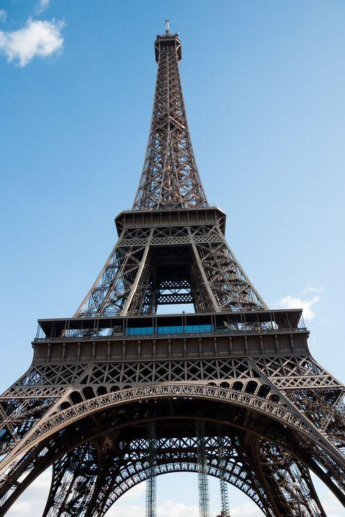 Erotica eiffel tower story