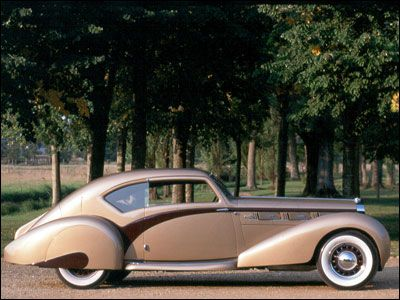 1937 Delage D-8 D8 120. Stylish futuristic retro streamlined chrome fin