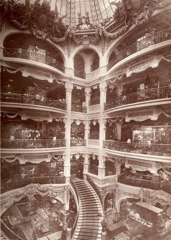 Gath & Chaves, Buenos Aires. One of the city's most legendary and opulent department stores, sadly no longer in existence. . . // Uno de los legendarios y opulentos centros comerciales , junto con Harrod's . Cesaron sus actividades en la decada del '60 . . .