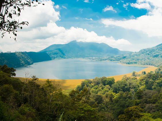 10 des plus beaux paysages d'Indonésie. Des photos de Bali, Java et des îles Gili qui vous donneront faim de voyages !