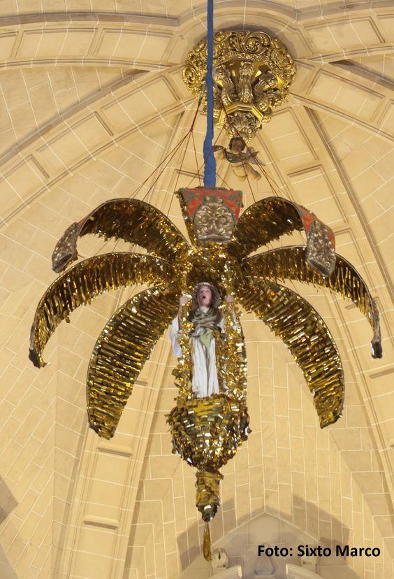 El ángel en el #MisteridElx #mangrana Foto: Sixto Marco