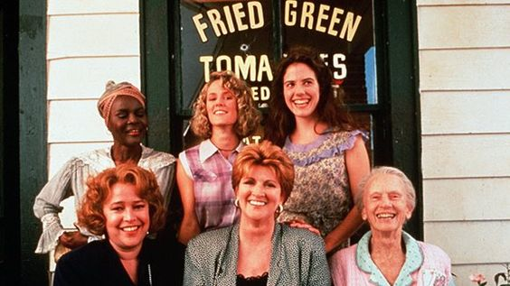 a film review of fried green tomatoes My first impression of fried green tomatoes at the whistle stop café was that it  was a woman's novel this was because the movie, which was more popular.