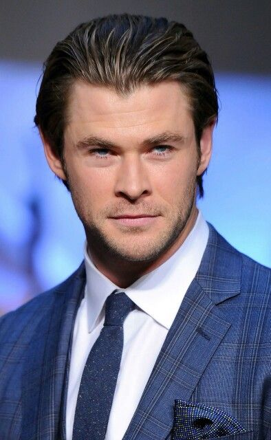 Chris Hemsworth Thor fanevent in Japan.