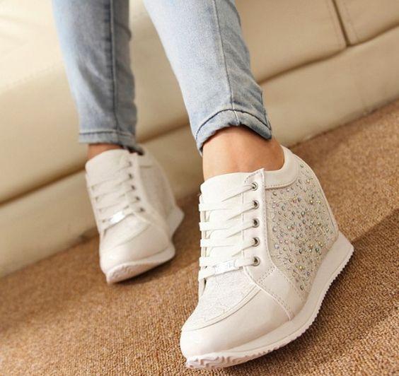 Encontrar Más Moda Mujer Sneakers Información acerca de Mujeres con cuña oculta altos talones forman a mujeres ascensor botines causales calzado deportivo zapatillas de deporte zapatos de diamantes de imitación 5A103, alta calidad secador de zapatos, China zapato de niño Proveedores, barato calzado círculo de Msbeauty en Aliexpress.com