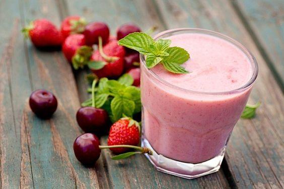 Frullati per colazione: ecco qualche ricetta di benessere a cura di Redazione - http://www.vivicasagiove.it/notizie/frullati-colazione-qualche-ricetta-benessere/