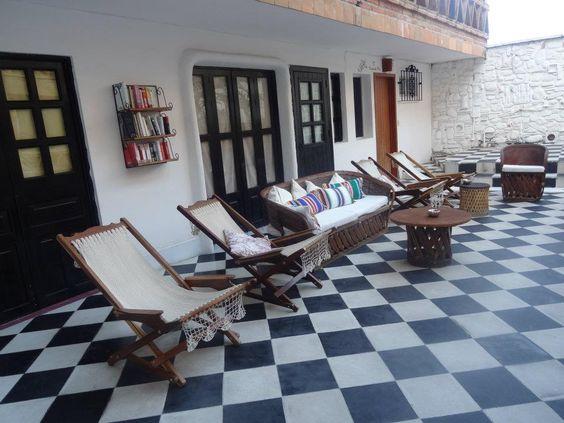 Disfruta el leer un buen libro desde nuestra terraza. #HotelCatedral #PuertoVallarta