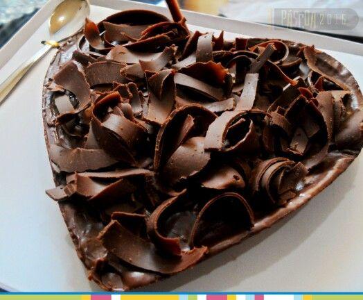 Ovo de Colher 500g - Formato de Coração - Trufado Tradicional com lascas de Chocolate Nobre   Páscoa 2016 na Nathy Doces & Salgados #pascoa #pascoa2016 #ovodecolher #nathydoces #nathydocesesalgados