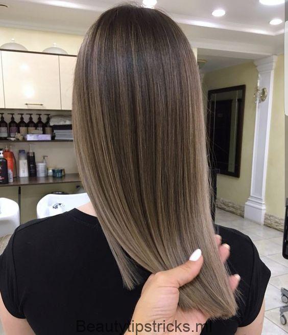 Suchen Sie Blonde Balayage Haarfarben Für Herbst Und Sommer