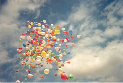 free the balloons.