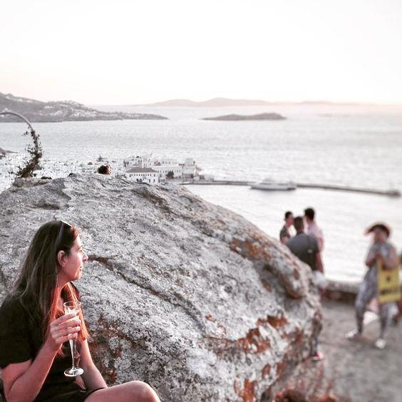 "More-Mode on Instagram: ""Sunset... #tramonto #sunset #180sunsetbarmykonos #beautifulplace #mykonosisland #mykonos #mikonos #thewhiteisland #sunsetinmykonos #seaview…"""