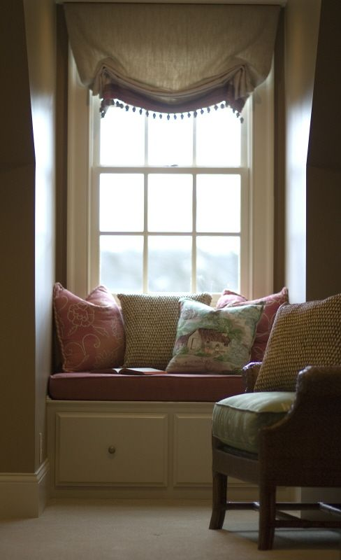 Plantation Room Windowseat. For our next home. (Note to self: could even be in that room off kitchen/mud room)