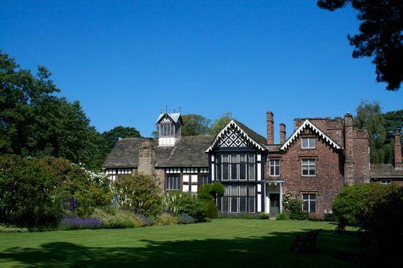 Rachael Lucas | a trip to NT Rufford Old Hall in Lancashire | http://rachaellucas.com