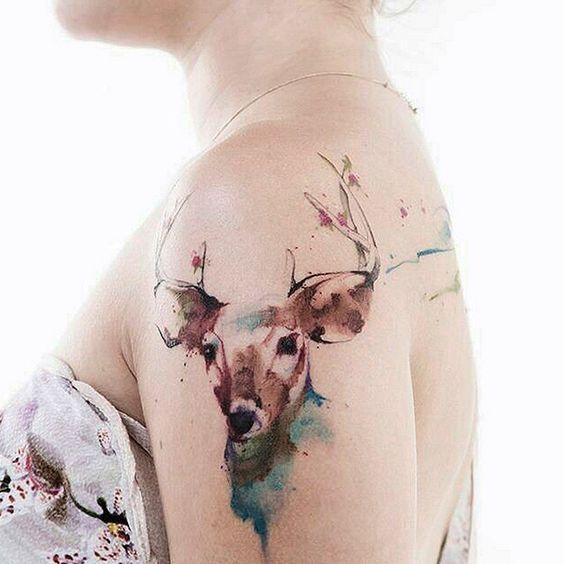 E1-watercolour-tattoo-art-trend